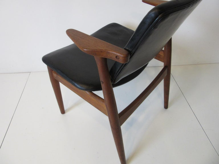 Arne Vodder Danish Chair Teak / Leather for Helge Sibast For Sale 2