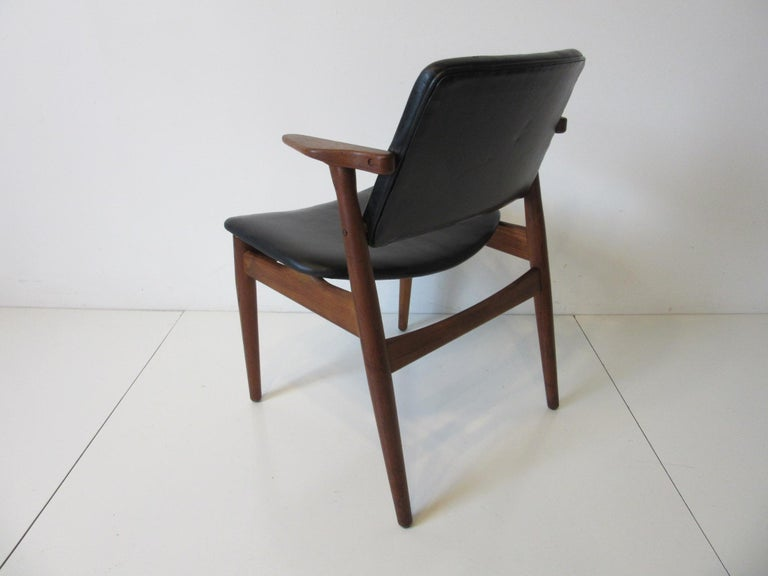 Arne Vodder Danish Chair Teak / Leather for Helge Sibast For Sale 3