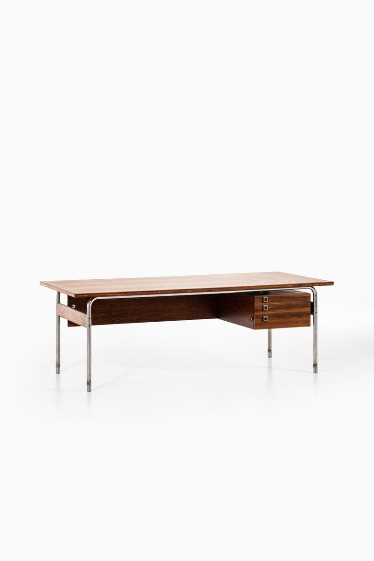 Steel Arne Vodder Desk Produced by Sibast Møbelfabrik in Denmark For Sale