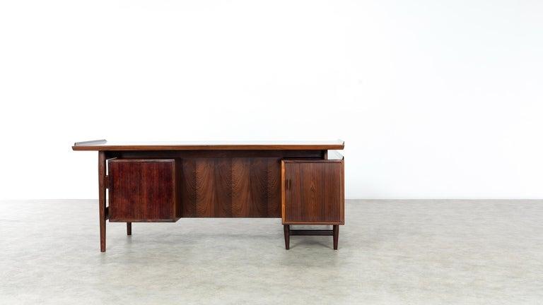 Arne Vodder Desk & Sideboard, Model 209 in 1955 by Sibast Møbelfrabrik, Denmark For Sale 4