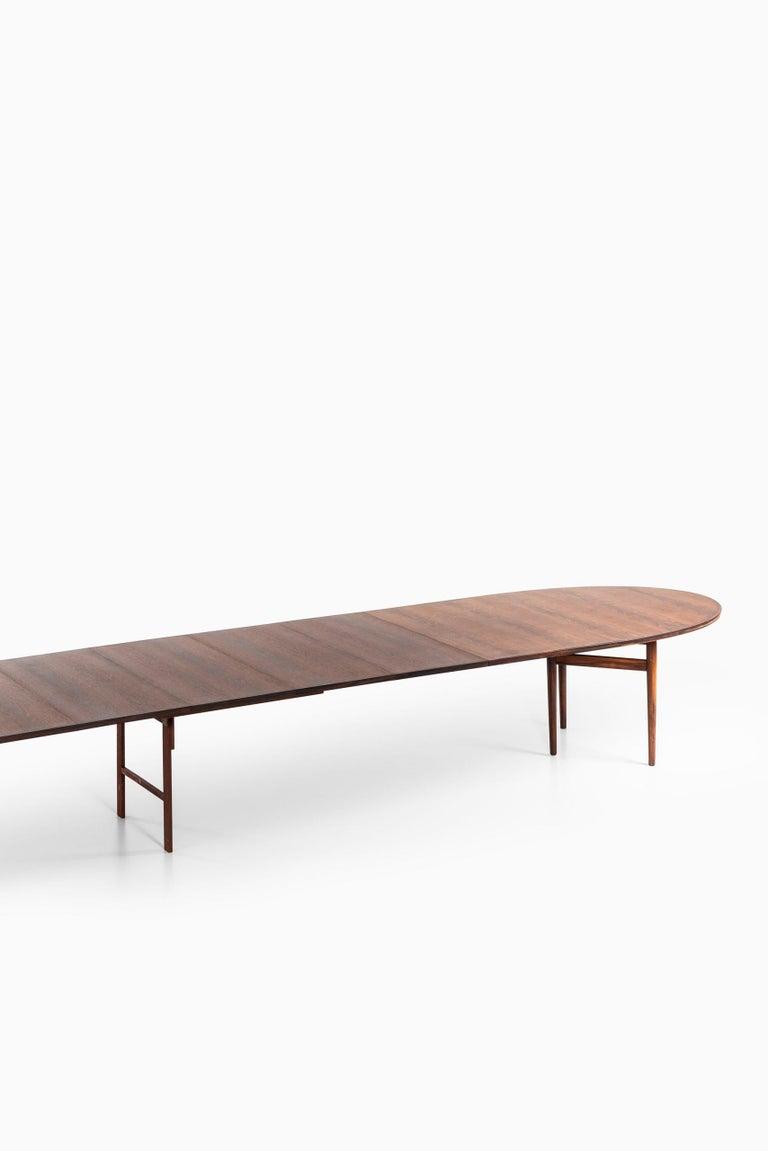 Arne Vodder Dining / Conference Table Produced by Sibast Møbelfabrik in Denmark For Sale 8