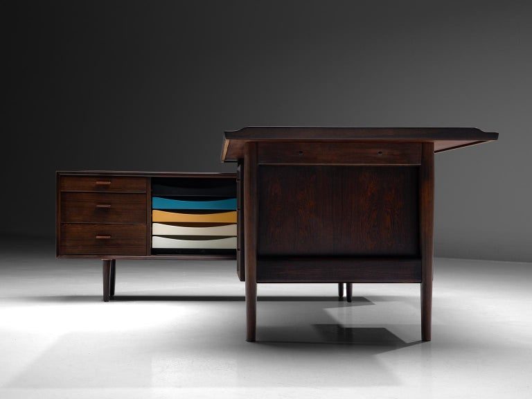 Arne Vodder Executive Desk in Rosewood In Good Condition For Sale In Waalwijk, NL