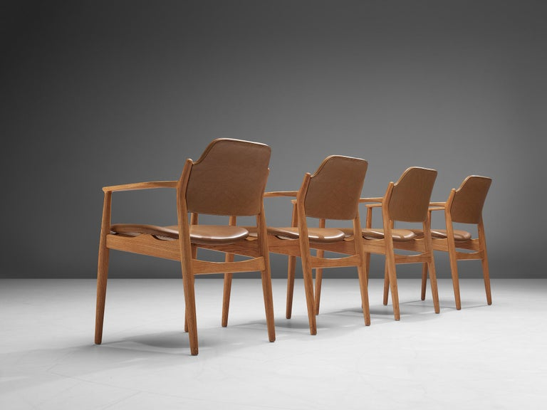 Mid-20th Century Arne Vodder for Sibast Armchairs in Oak and Leatherette For Sale