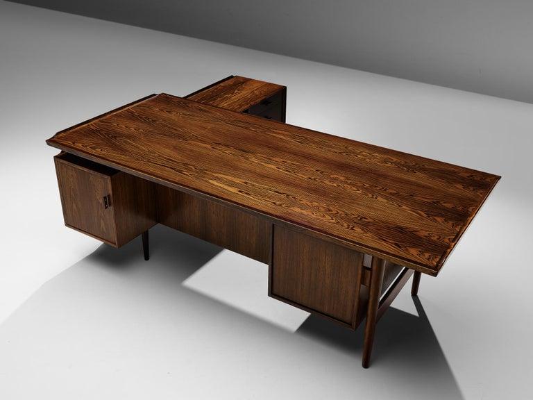 Arne Vodder for Sibast Corner Desk in Rosewood For Sale 4