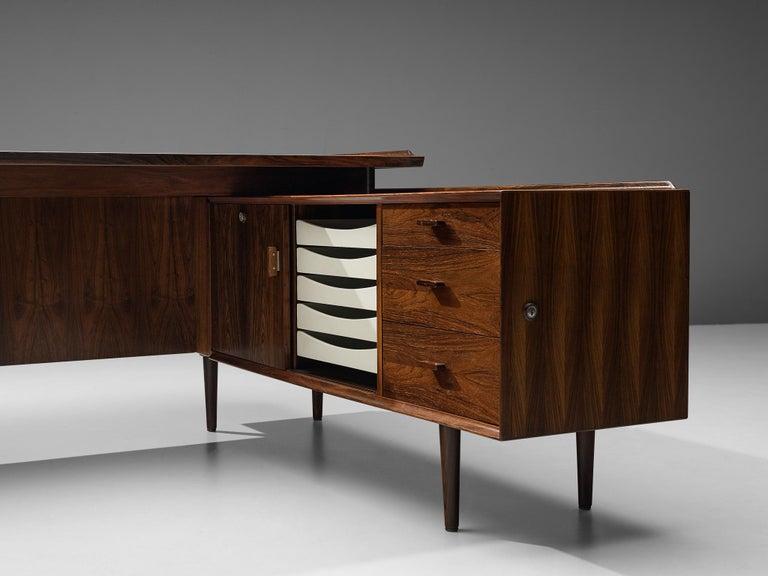 Arne Vodder for Sibast Corner Desk in Rosewood For Sale 1