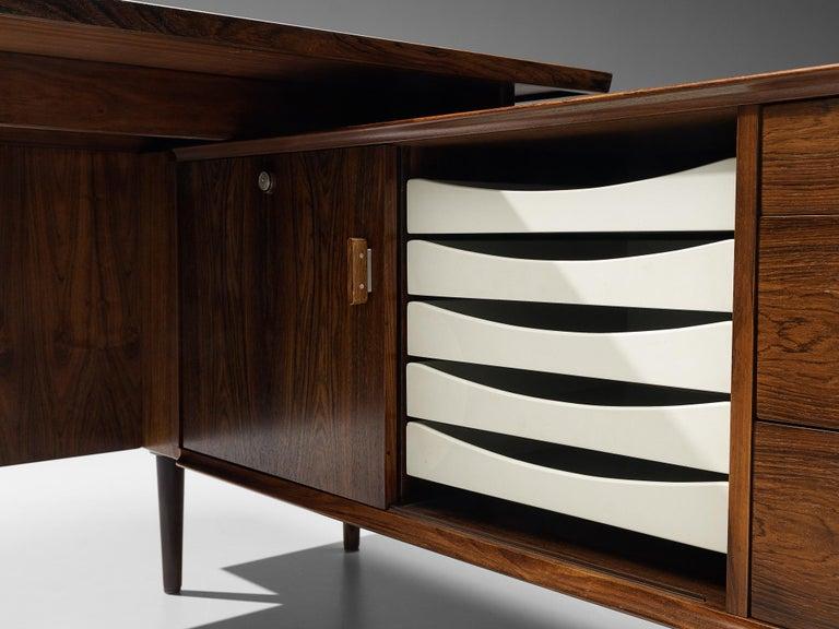 Arne Vodder for Sibast Corner Desk in Rosewood For Sale 3