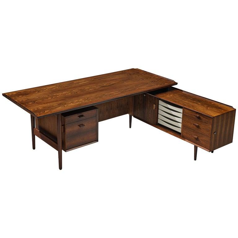 Arne Vodder for Sibast Corner Desk in Rosewood For Sale