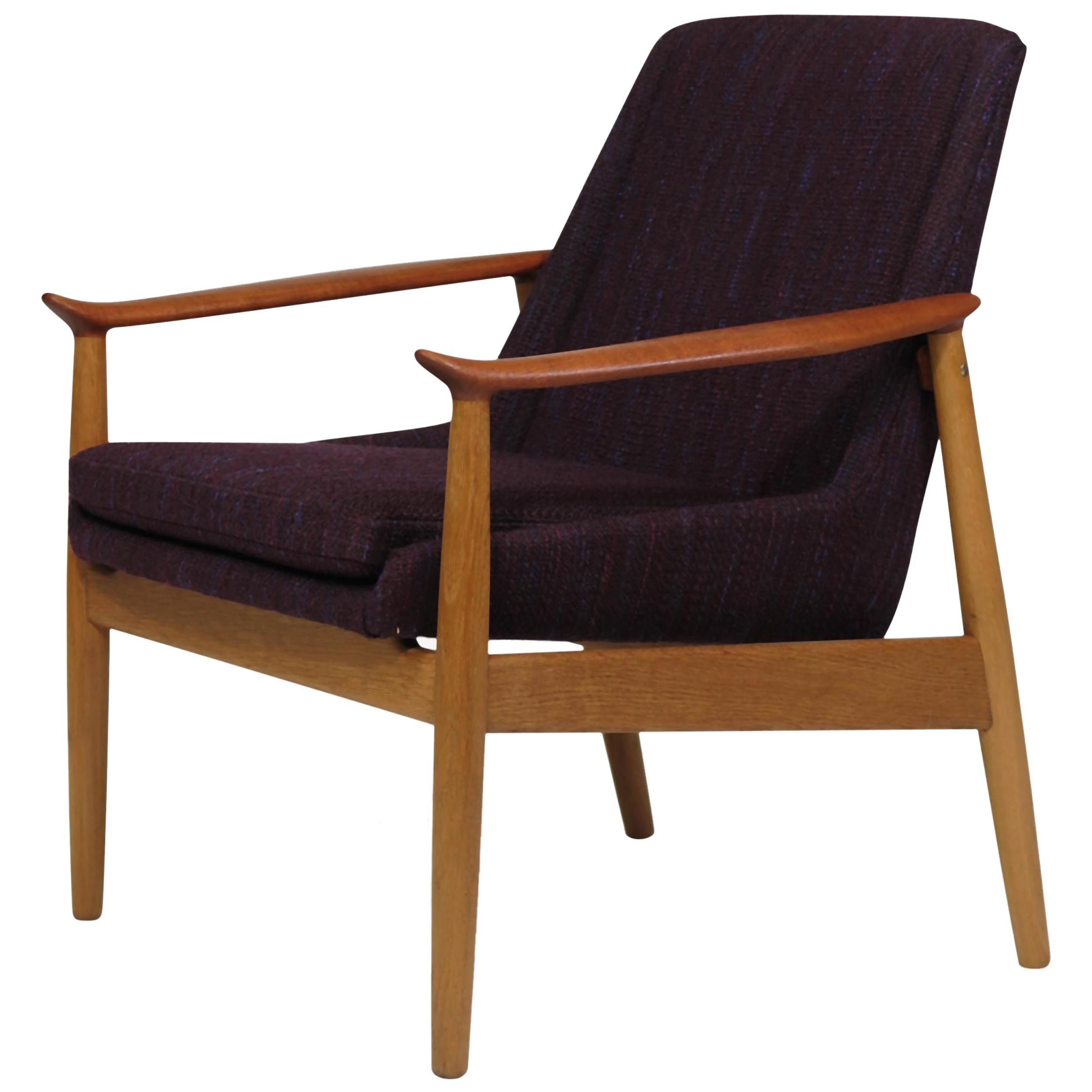 Arne Vodder Oak and Teak Lounge Chair