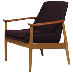 Arne Vodder Oak and Teak Lounge Chair