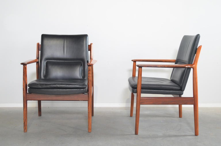 Danish Arne Vodder Rosewood Armchairs Model 431 For Sale