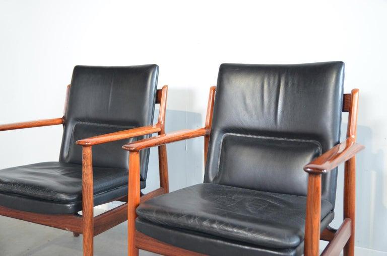 Arne Vodder Rosewood Armchairs Model 431 In Good Condition For Sale In RHEEZERVEEN, Overijssel