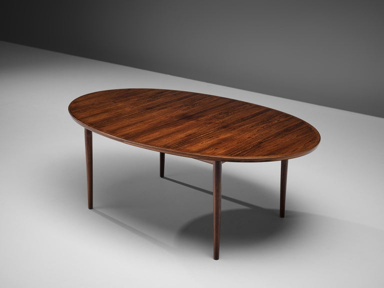 Arne Vodder Rosewood Extendable Dining Table in Rosewood For Sale 4