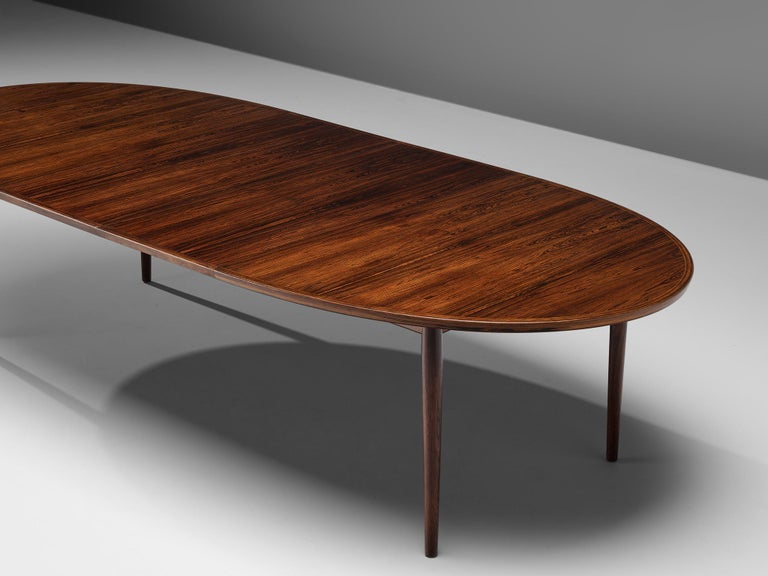 Arne Vodder Rosewood Extendable Dining Table in Rosewood For Sale 1