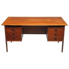 Arne Vodder, Scandinavian Desk Manufactured by Sibast