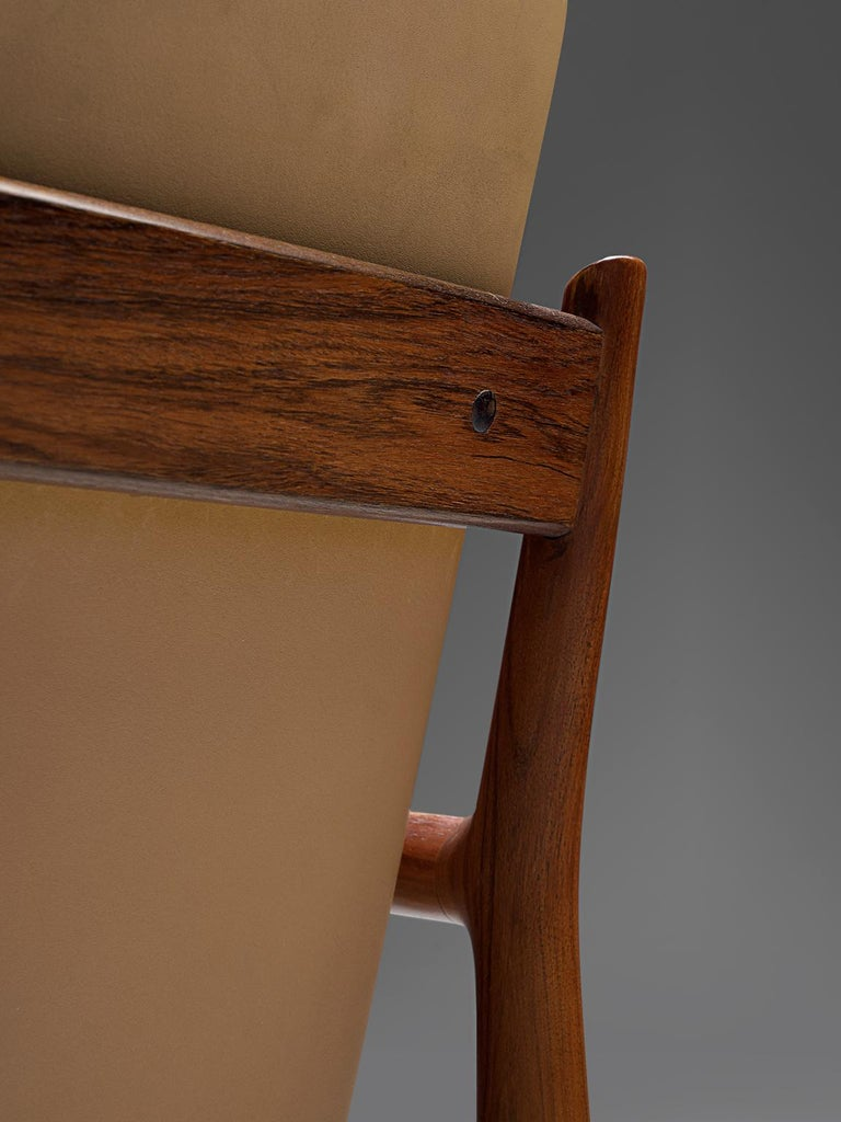 Arne Vodder Set of Sixteen Dining Chairs with Original Leather For Sale 1