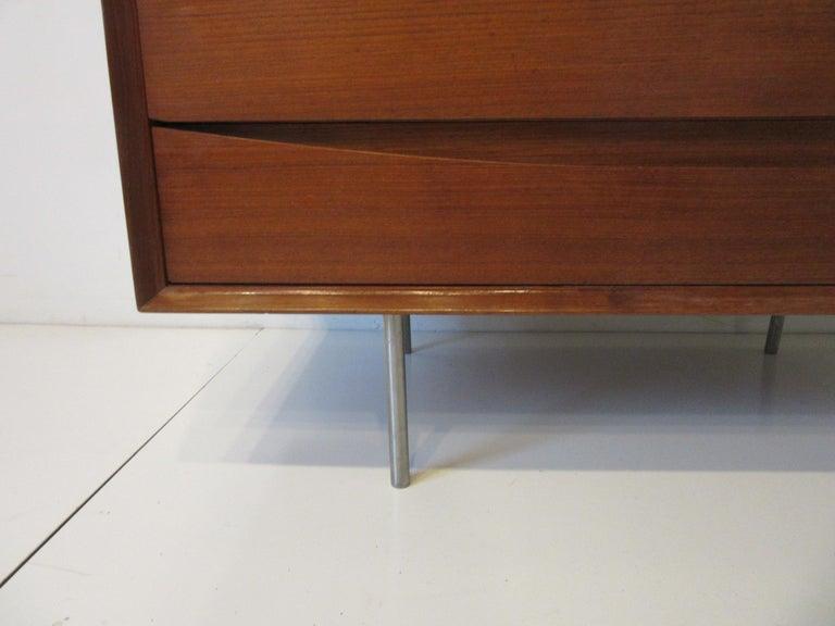 Arne Vodder Small Dresser for Sibast, Denmark For Sale 1