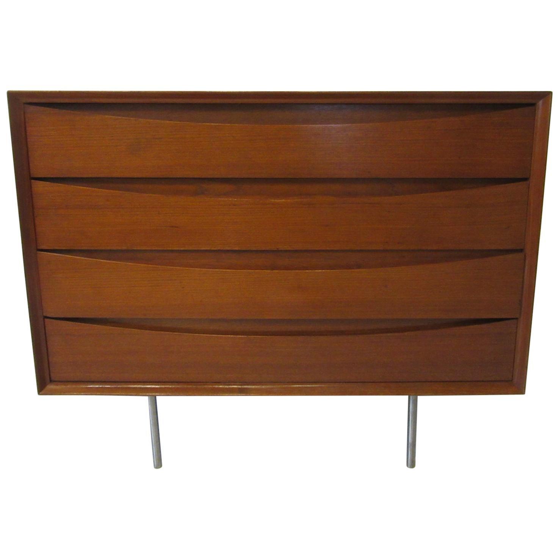 Arne Vodder Small Dresser for Sibast, Denmark