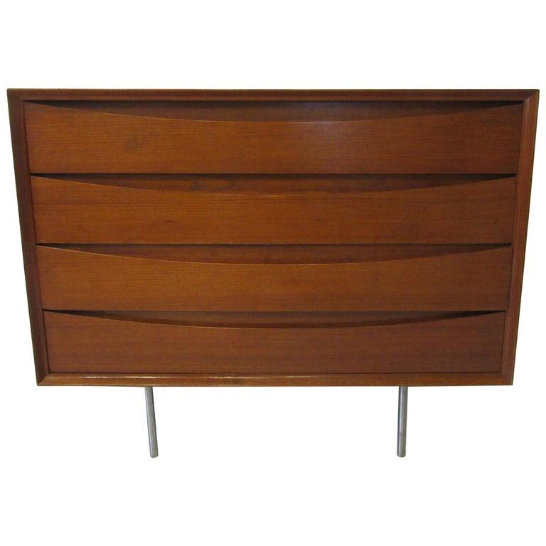 Arne Vodder Small Dresser for Sibast, Denmark For Sale