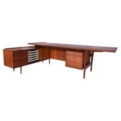 Arne Vodder Teak Executive Desk with Return, Denmark, 1960s