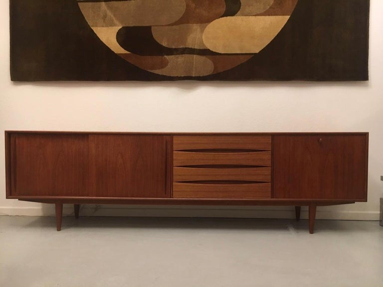 Arne Vodder Teak Sideboard Produced by Pfister Mobel Switzerland, circa 1960 In Good Condition For Sale In Geneva, CH