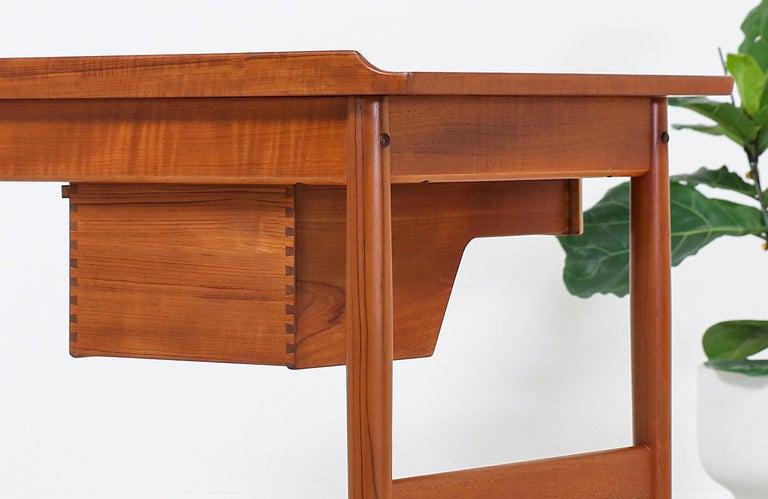 Arne Vodder Teak Vanity / Writing Desk for Sibast Møbler 5