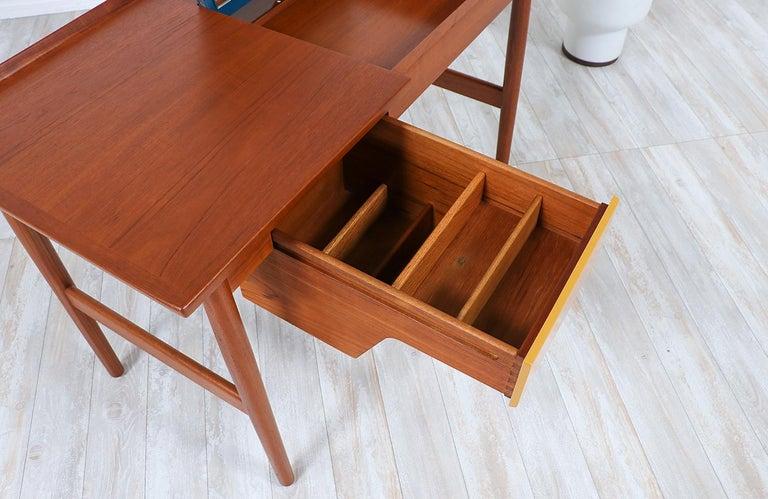 Arne Vodder Teak Vanity / Writing Desk for Sibast Møbler 1