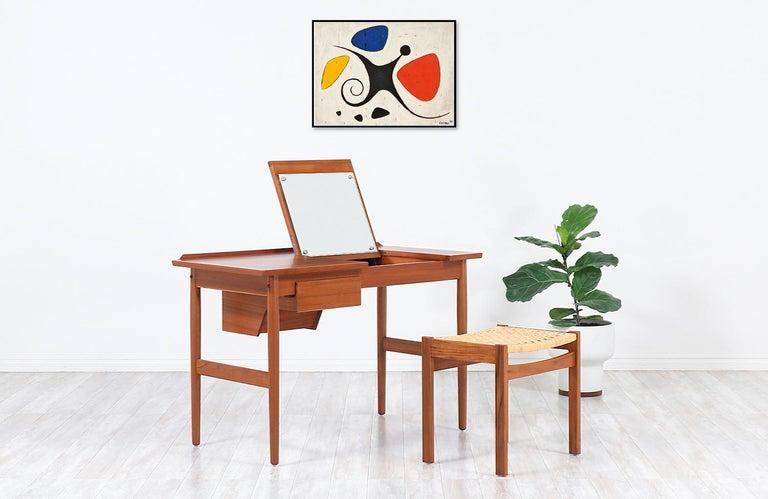 Mid-Century Modern Arne Vodder Teak Wood Vanity / Writing Desk for Sibast Møbler