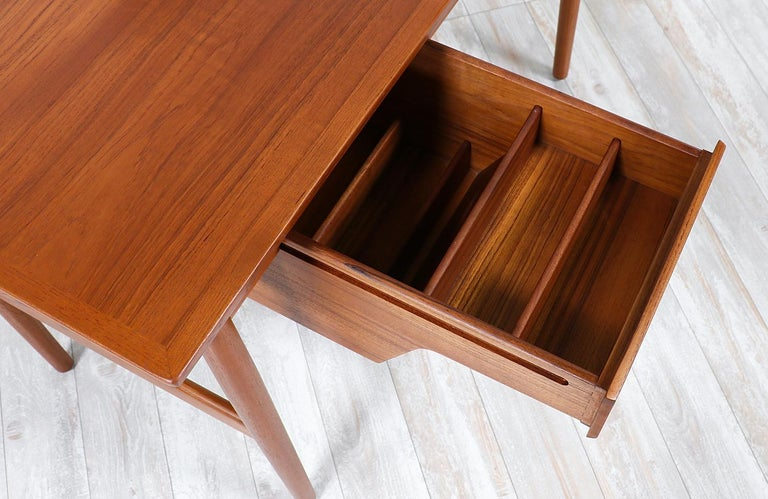 Mirror Arne Vodder Teak Wood Vanity / Writing Desk for Sibast Møbler