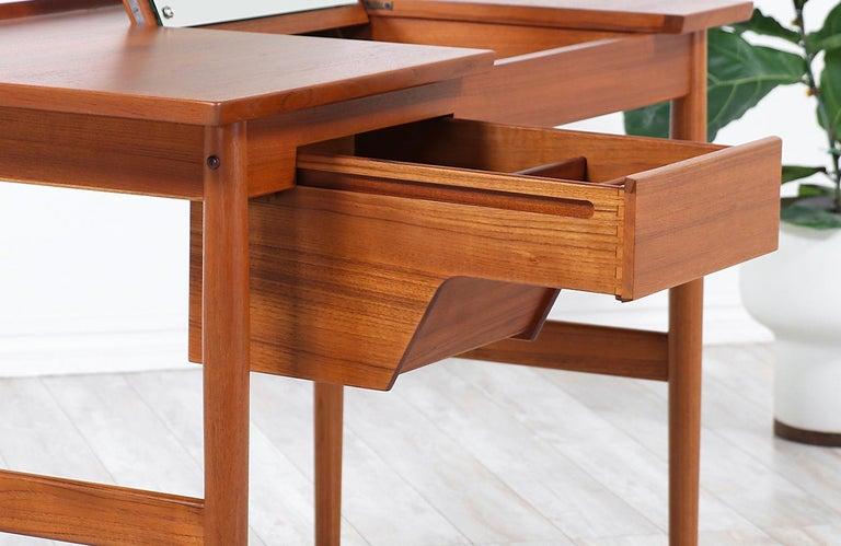 Arne Vodder Teak Wood Vanity / Writing Desk for Sibast Møbler 2