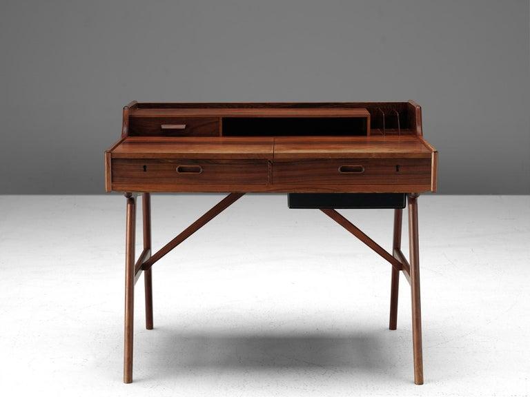 Mid-Century Modern Arne Wahl Iversen Desk for Vinde Møbelfabrik For Sale