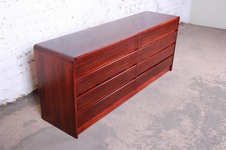 Mid-Century Modern Arne Wahl Iversen for Vinde Møbelfabrik Danish Modern Rosewood Dresser Credenza For Sale