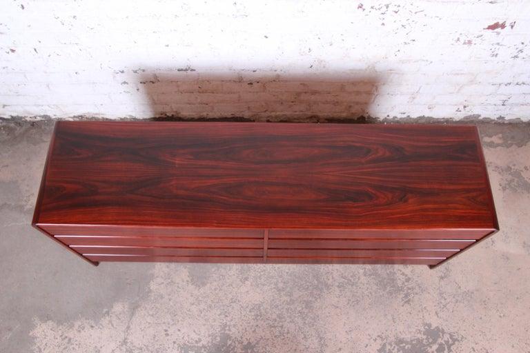 Late 20th Century Arne Wahl Iversen for Vinde Møbelfabrik Danish Modern Rosewood Dresser Credenza For Sale