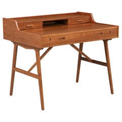 Arne Wahl Iversen Model-64 Writing Desk for Vinde Møbelfabrik