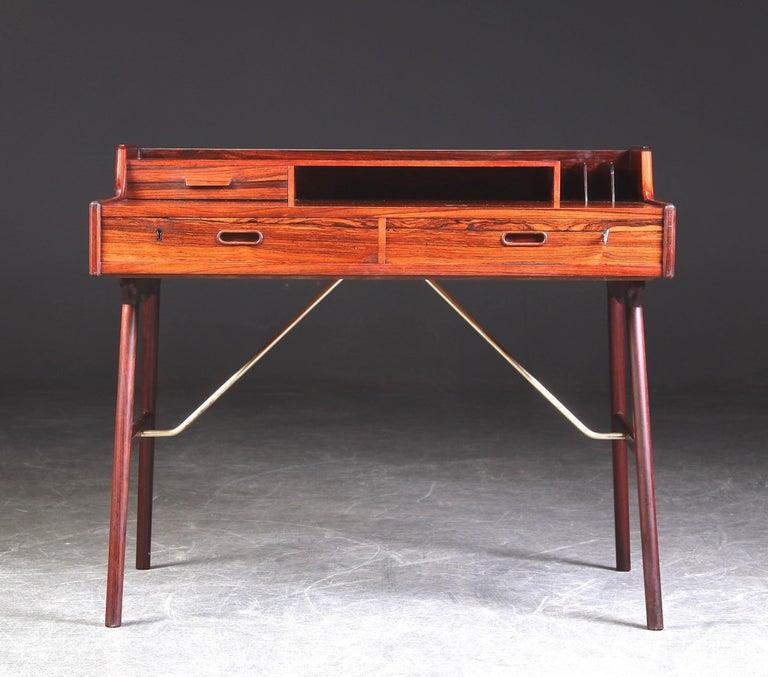 Scandinavian Modern Arne Wahl Iversen Rosewood Desk, 1970 For Sale