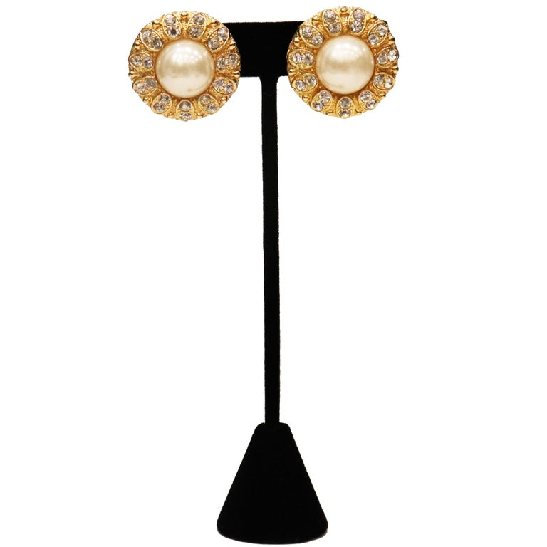 Round Cut Arnold Scassi Faux Gold-tone Pearl & Rhinestone Earrings/Ring 1980s For Sale