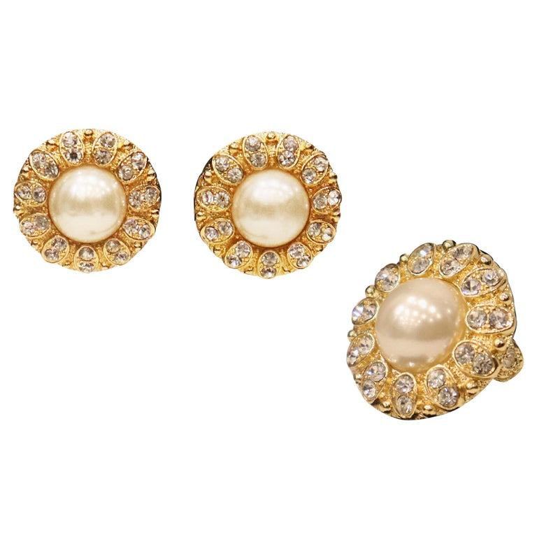Arnold Scassi Faux Gold-tone Pearl & Rhinestone Earrings/Ring 1980s For Sale