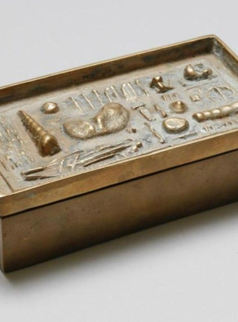 Mid-Century Modern Arnoldo Pomodoro Cast Sculptural Bronze Box Sculpture Signed II Sestante For Sale