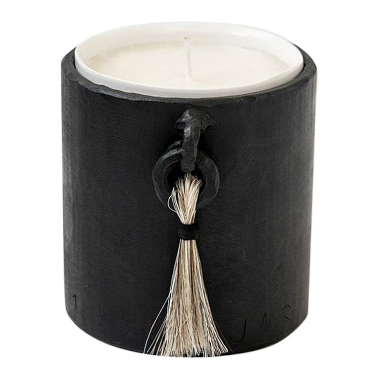 Aromatic Handmade Soy Wax Organic Candle with Blackened and Waxed Iron Holder