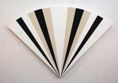 Fan 1213231323121  - alternating black & white sequence in art deco style