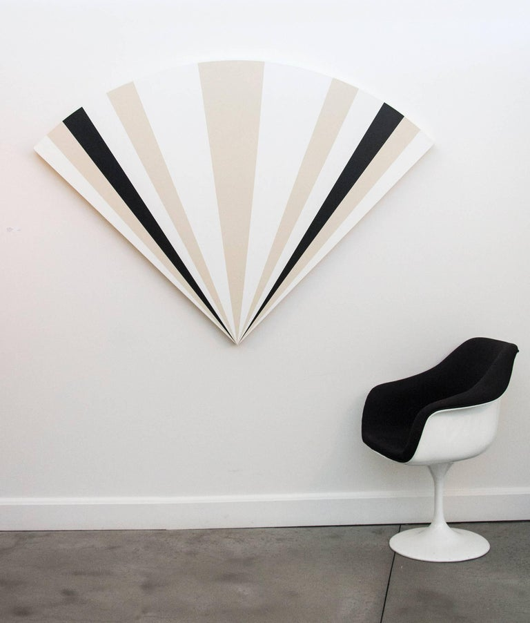 Fan B ,1231212121321 - alternating black & white sequence in art deco style - Painting by Aron Hill