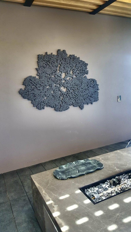 Arozarena De La Fuente Abstract Sculpture - Coral Ocean in Grey