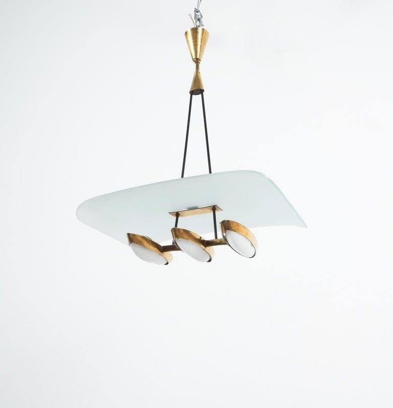 Chandelier from Frosted Glass and Brass Attributed to Stilnovo Italy, circa 1954 For Sale 5