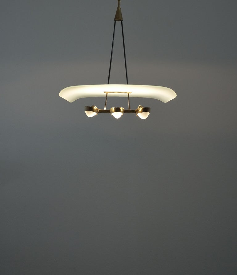 Mid-20th Century Chandelier from Frosted Glass and Brass Attributed to Stilnovo Italy, circa 1954 For Sale
