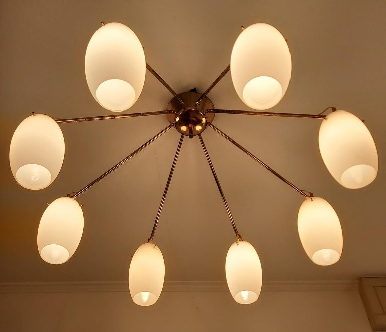 Arredoluce Midcentury Brass and Glass Large Chandelier, Milan, 1950s For Sale 3
