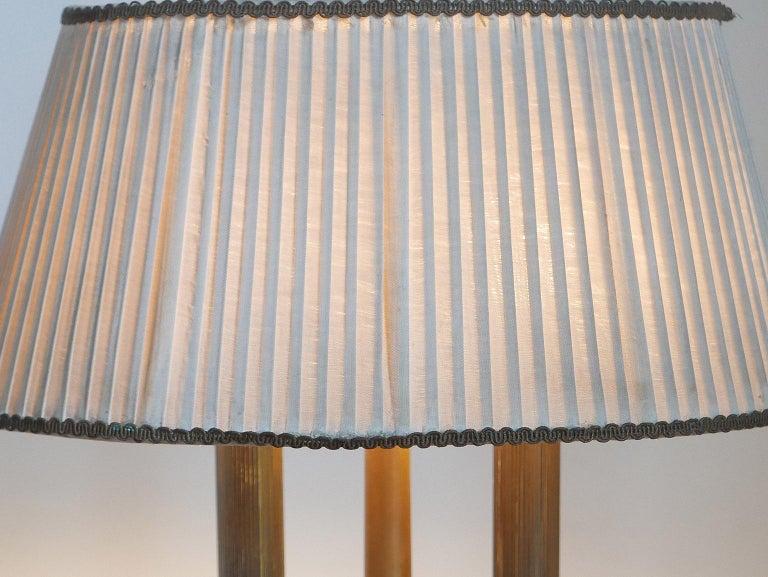 Arredoluce  Midcentury Table Lamp  Marble Base and Silk Lampshade, Milano, 1940s For Sale 1