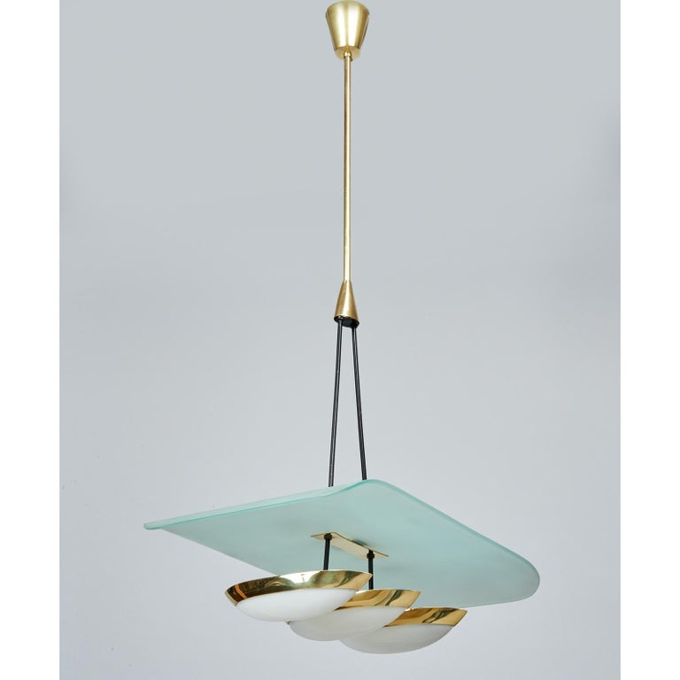 Mid-Century Modern Arredoluce Pair of Glass, Brass and Perspex Pendant Chandeliers, Italy 1950's For Sale