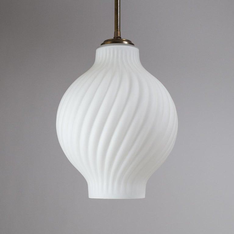 Italian Satin Glass Pendant, 1950s For Sale 5
