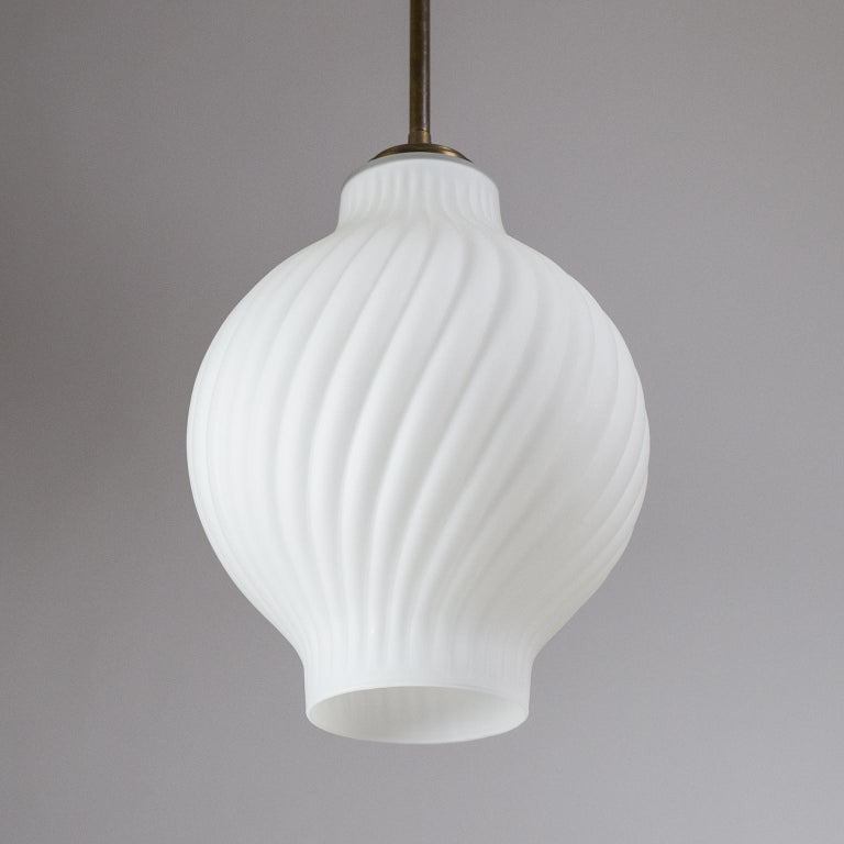 Italian Satin Glass Pendant, 1950s For Sale 1