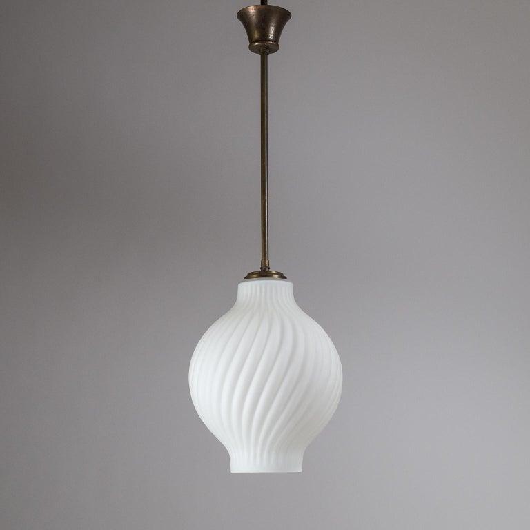 Italian Satin Glass Pendant, 1950s For Sale 2