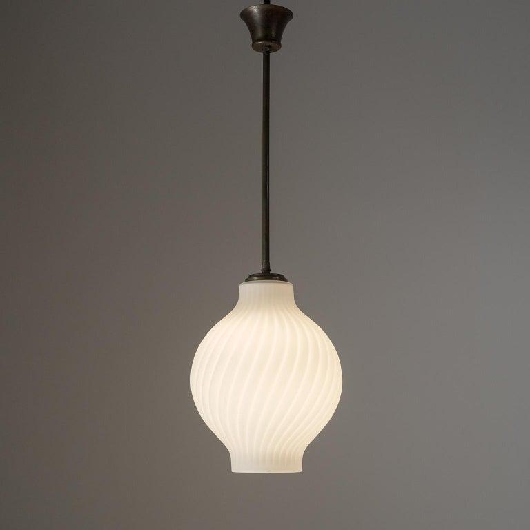 Italian Satin Glass Pendant, 1950s For Sale 3